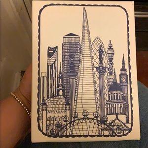 🤩Small canvas London skyline